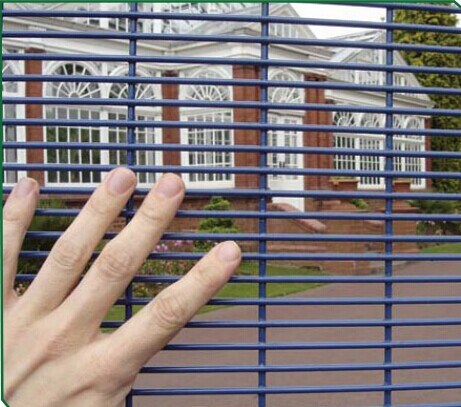 Hot Selling PVC Coated Welded Wire Mesh Fence Panels