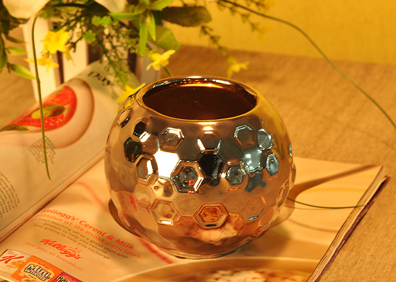 Silver Electroplated Hammered Ceramic Candle Container