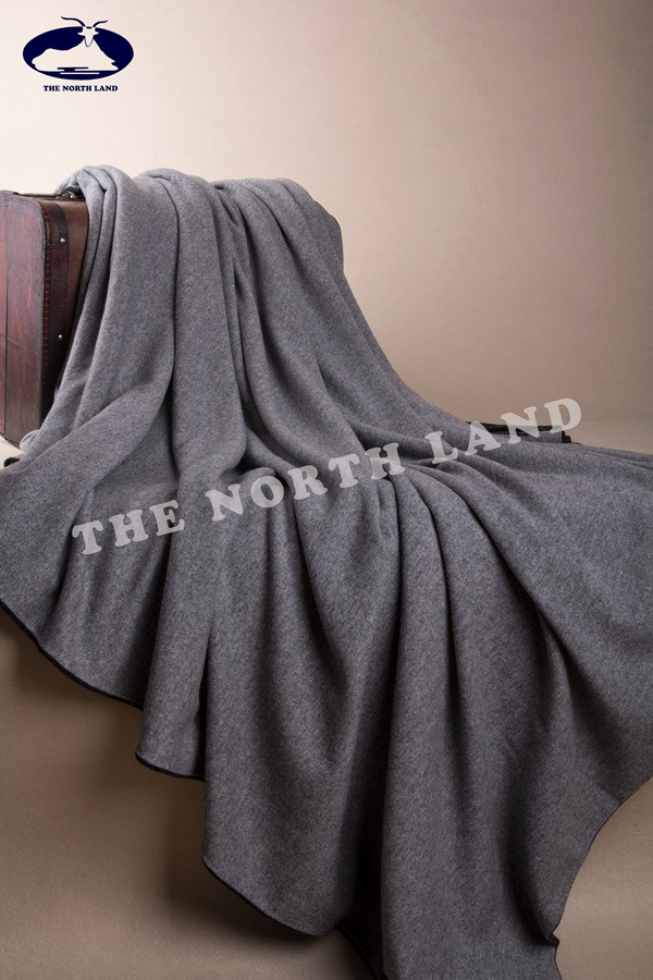 Cashmere Reversible Knitted Blanket CB14092401
