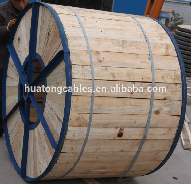 Black PVC Sheath XLPE Insulation Steel Wire Armored Copper Power Cable Yjv32- 0.6/1kv Cable