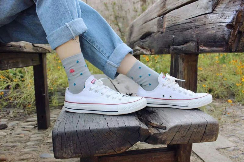 2016 Fall New Style Fashion Girl Cotton Socks with Cat Embrodiery New Designs Popular Sale