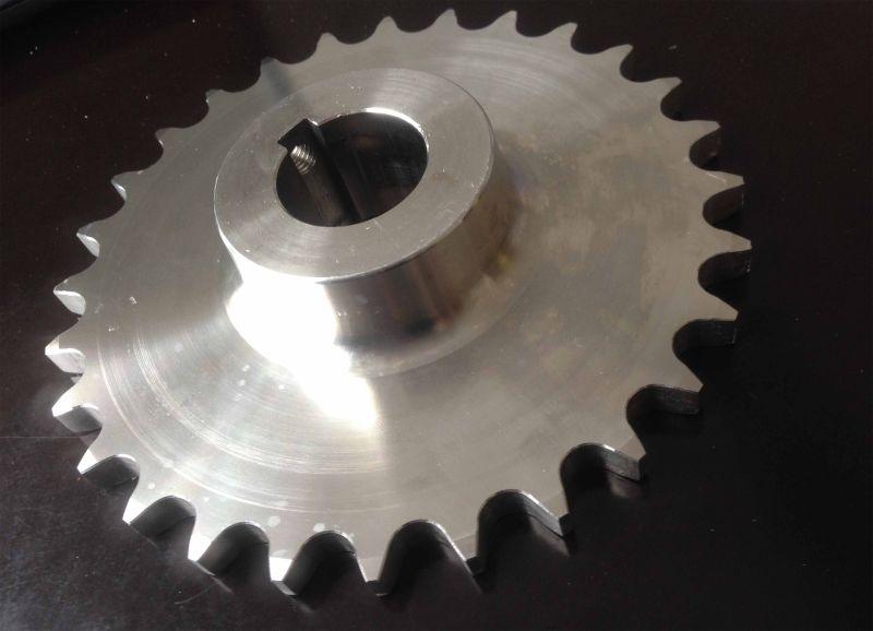 Stainless Steel Standard Stock Transmission Gear Sprocket Chain Wheel