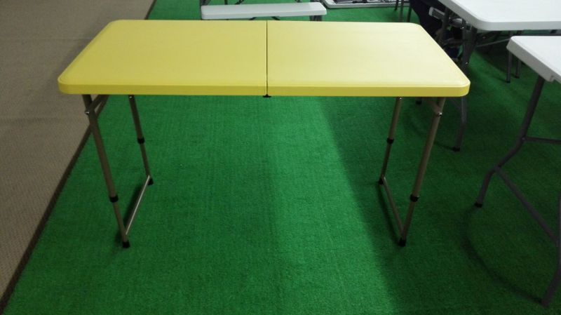 Blow-Molded Plastic 4 Foot Bi-Fold Table Adjustable Table for Outdoor Used
