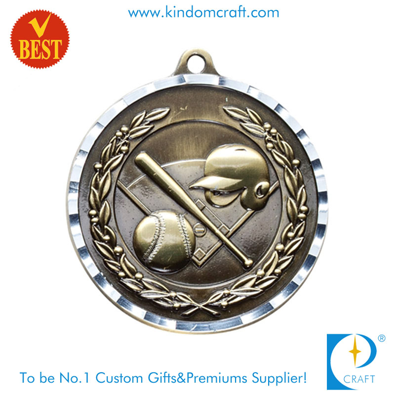 China Customized Die Casting Antique Brass 3D Baseball Medal in High Quality