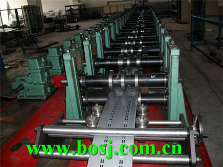 Auto Storage Shelving Rack Beam Roll Forming Machine Supplier Indonesia (BOSJ)