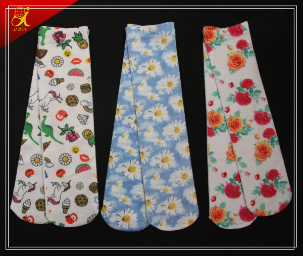 High Quality Sublimation Socks for Spring Wearing