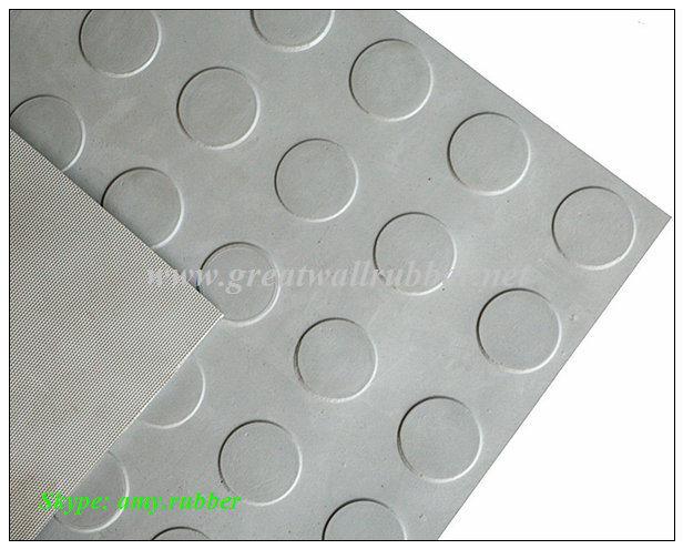 Anti-Slip Flooring Sparse Round Button Rubber Mat