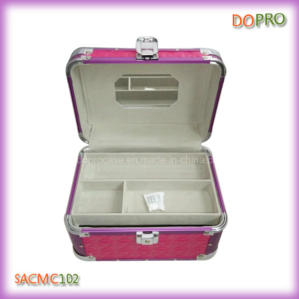 Glossy Quilted PVC Lovely Aluminum Makeup Vanity Box with Lock (SACMC102)