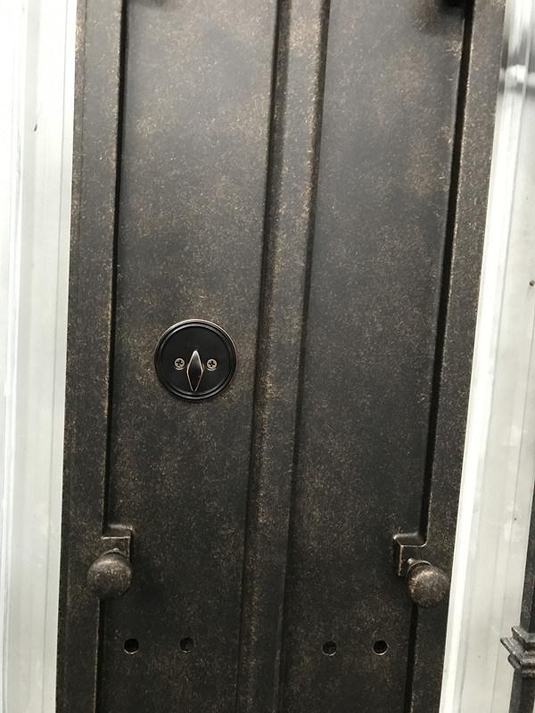 Geschmiedete benutzerdefinierte Außentür Schmiedeeisen Doppeltüren