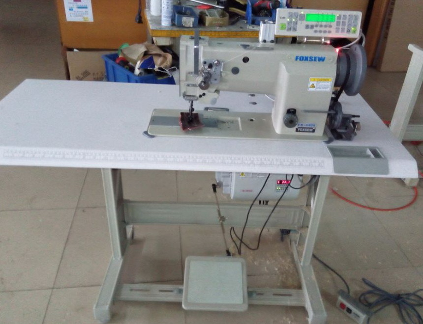 Flat Bed Compound Feed Industrial Upholstery Sewing Machine