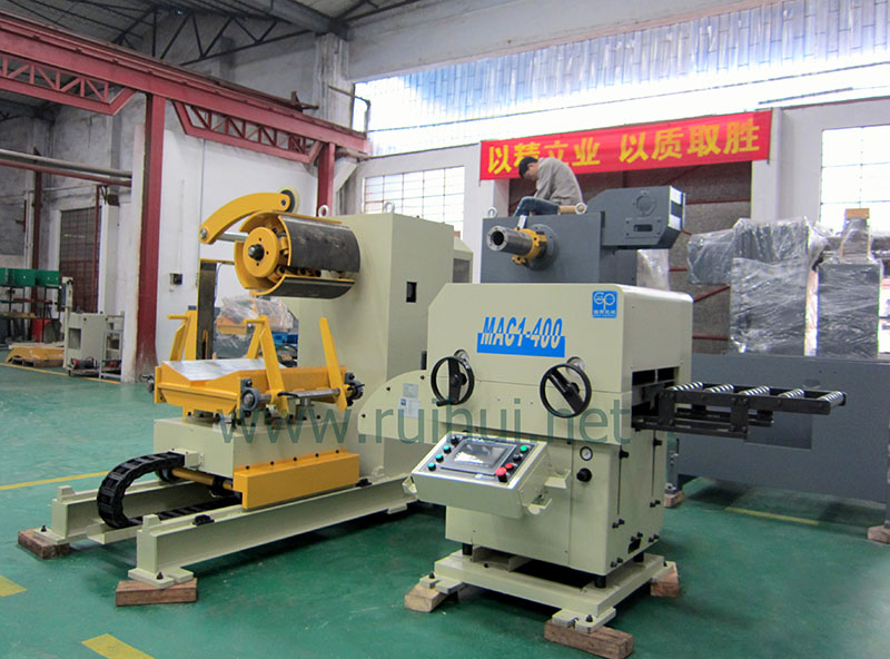 Coil Sheet Automatic Feeder with Straightener for Press Line in The Major Automotive OEM