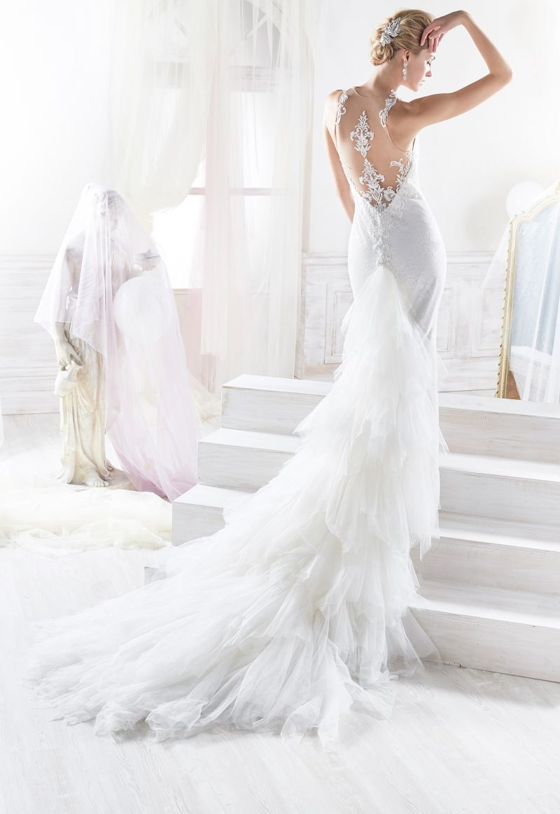 Lace Ivory Mermaid Bridal Gown