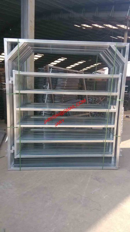 2.1m 6 Bar 60X30 / 40X40 Oval Rail Cattle Panel