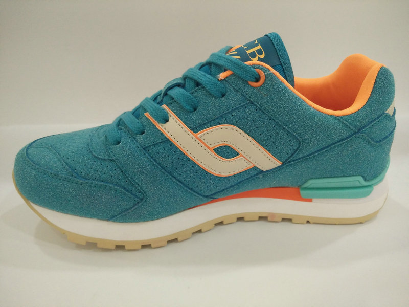 Ladies Popular Young Style Sports Shoes