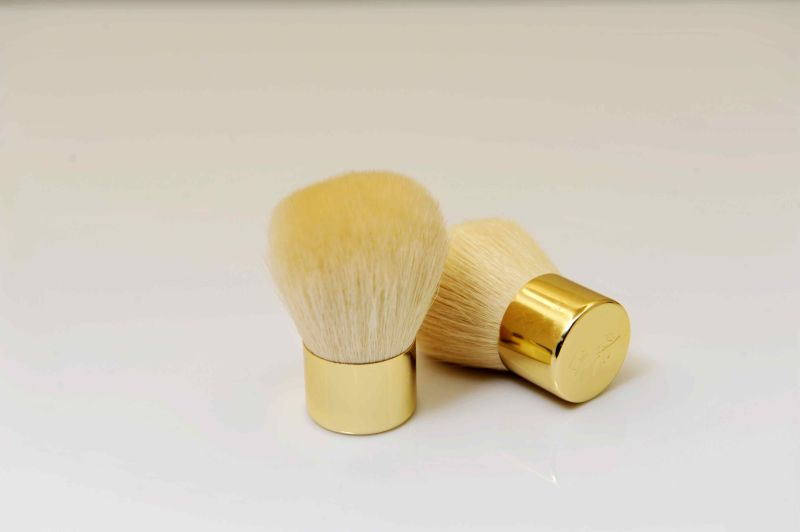 Kabuki Brush Face Brush in Golden Ferrule