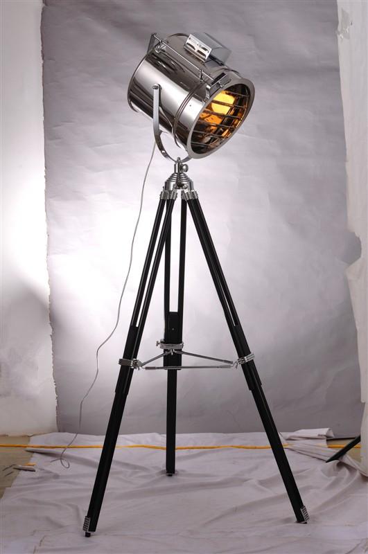 Modern Decorative Metal Tripod Adjustable Floor Light
