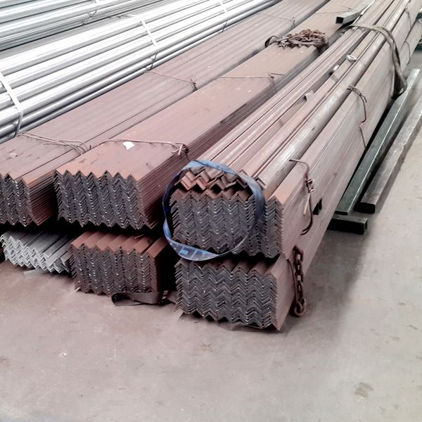Q235 Galvanized Steel Angle Bar in Stock