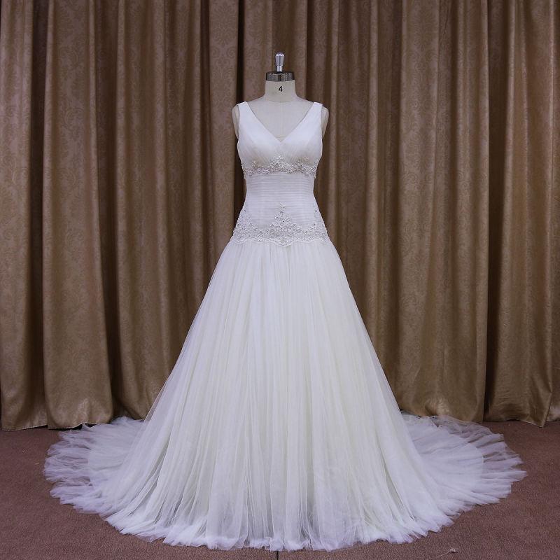 New Arrival Sleeveless Vintage Style Wedding Dresses