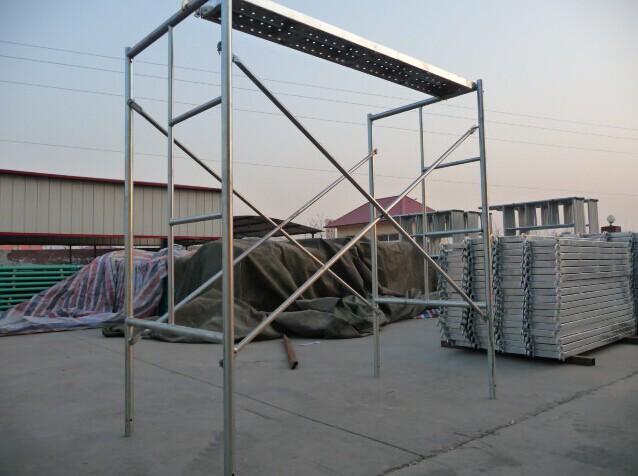 1700X1219mm Walk Through Galvanized Frame Scaffolding in Uzbekistan