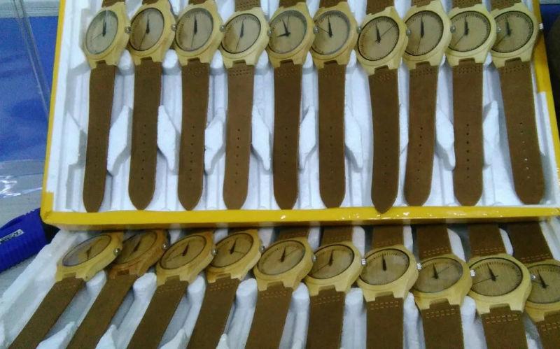Classic Bamboo Wooden Watch Men Women Wristwatches 2017 Hot Sale