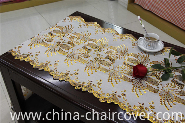 Hot Sale Cheap Long Lace Vinyl PVC Gold/Silver Tablecloth in Rolls