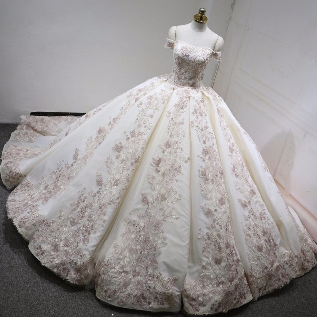 off Shoulder Bridal Ball Gowns Blush Pink Color Accent Lace Puffy Wedding Dresses Z2057