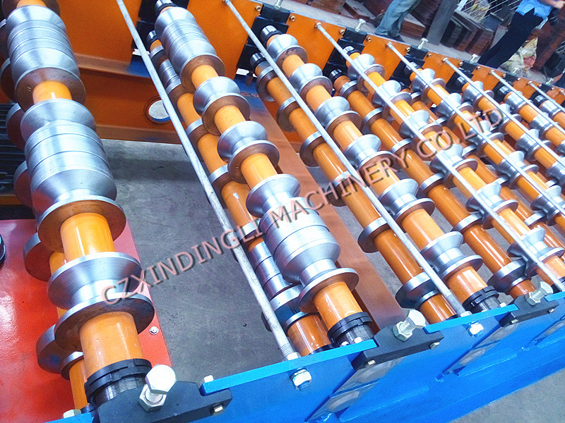 980 Roof Panel Roll Forming Machine