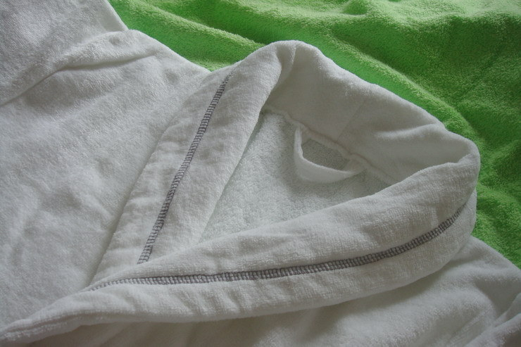 Supply Customized Embroidery Velour Terry Shawl Collar Hotel Bathrobe