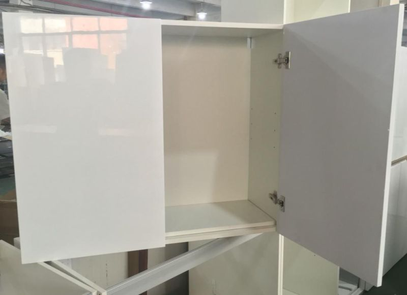 MDF Carcase with Glossy Lacqure Doors and Countertop (customized)