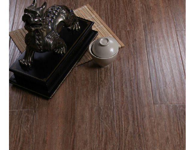 12.3mm E1 HDF Maple Handscraped Laminate Wood Flooring
