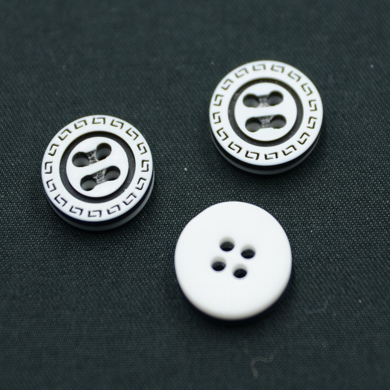 2 Holes New Design Polyester Button (S-026)