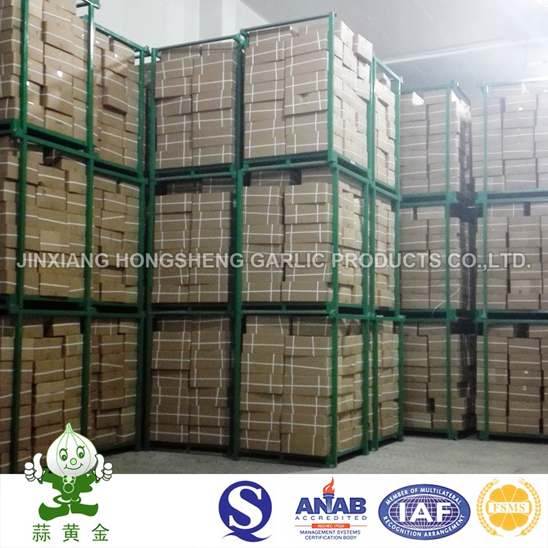 Fried Garlic Granules Packed by Jinxiang Hongsheng Company