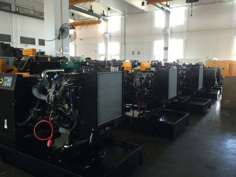 220kVA 176kw Standby Rating Power UK Engine Silent Diesel Generator