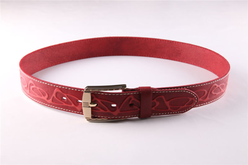 Fashion Men's Leather Belt with Embossed Patterns