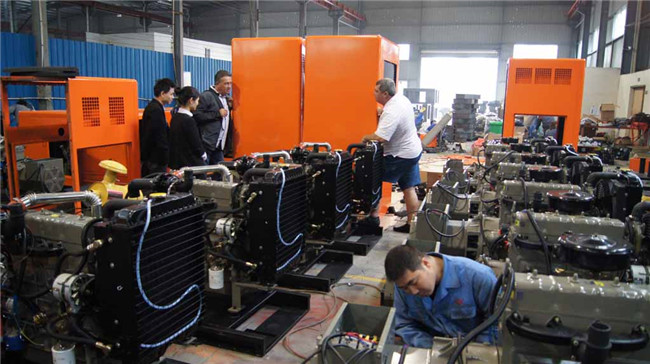 Factory Price 6CTA8.3-G2 Silent Diesel Generator Set with ISO Approved