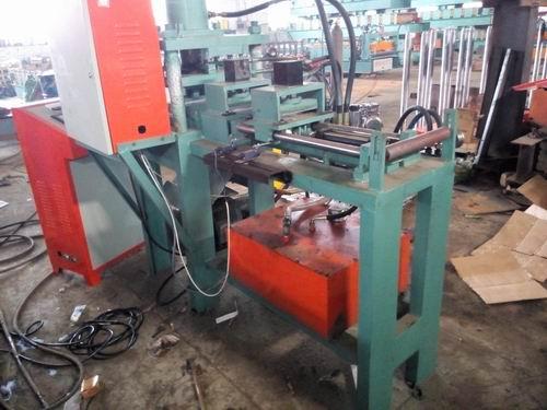 Automatic Hydraulic Punch Press Machine (XDL)