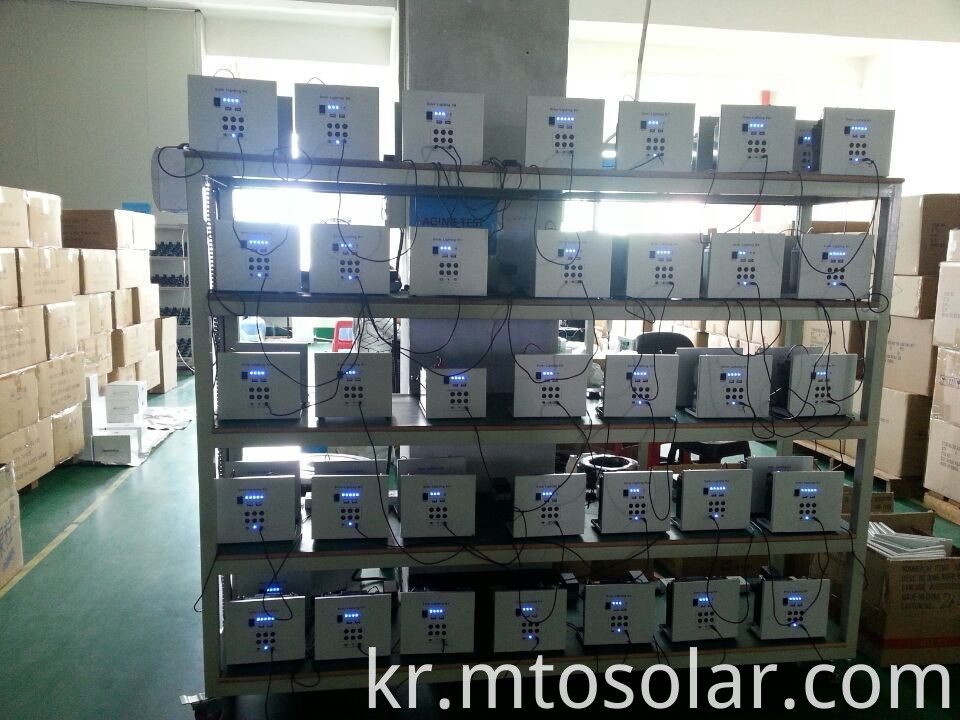 lithium ion battery solar generator