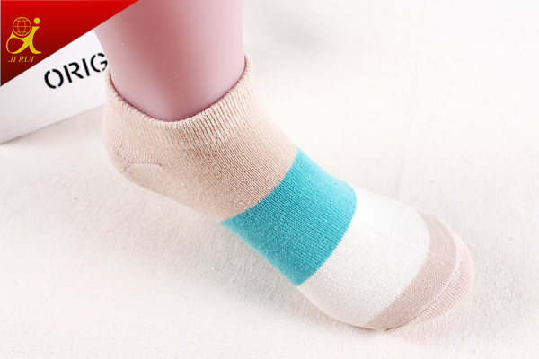 Colorful Stripe Cotton Soft Wholesale Socks