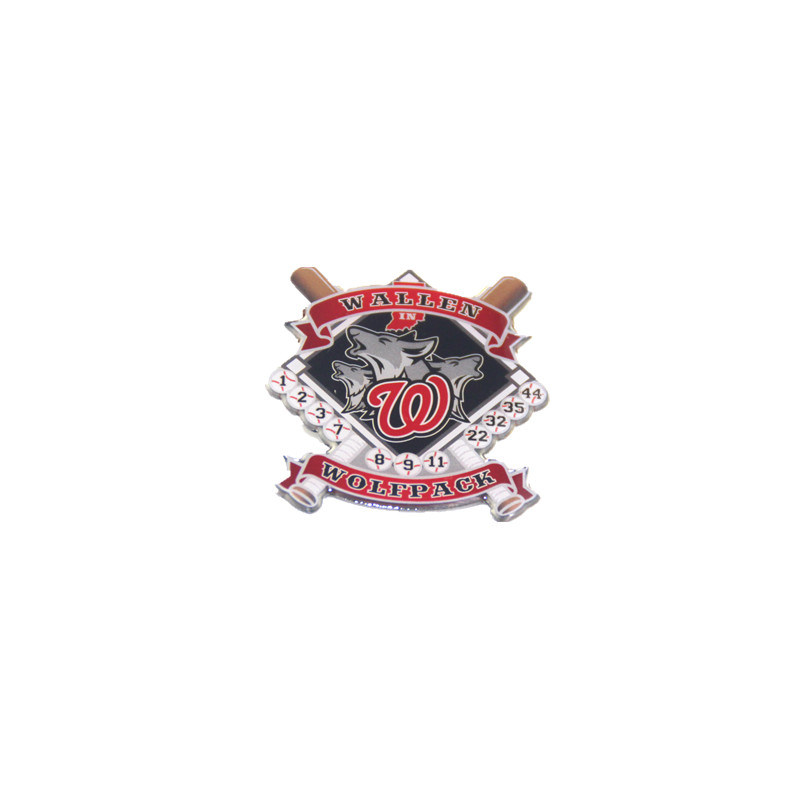 China Manufaturer Custom Made Lapel Pin Badge