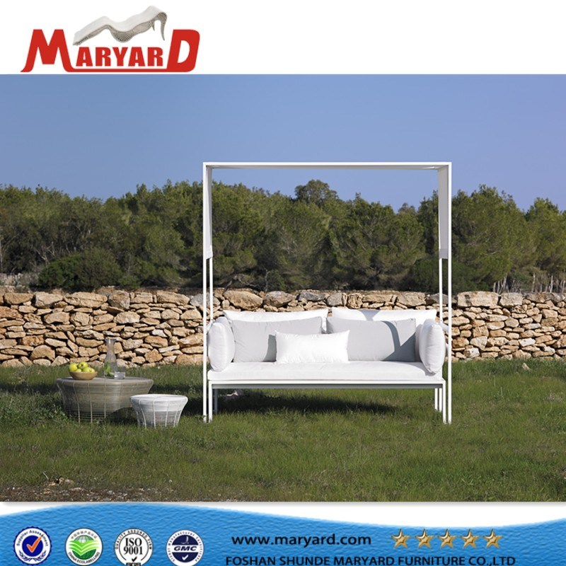 2018 Maryard Luxury Outdoor Furniture Pool Aluminum Daybed and Beach Sunbed