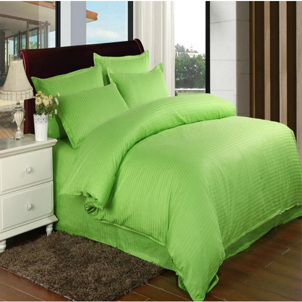 Stock Colored Satin Stripe Hotel Bedding Sets with Fitted Sheet (DPF1062)