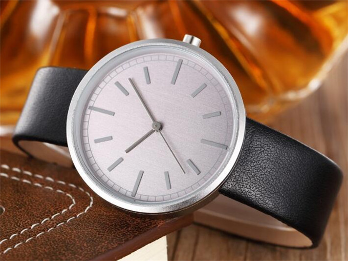 Yxl-397 Dw High Quality Luxury Watch Japan Movement Casual Business Leather Watch Quartz Mens Wholesale Factory