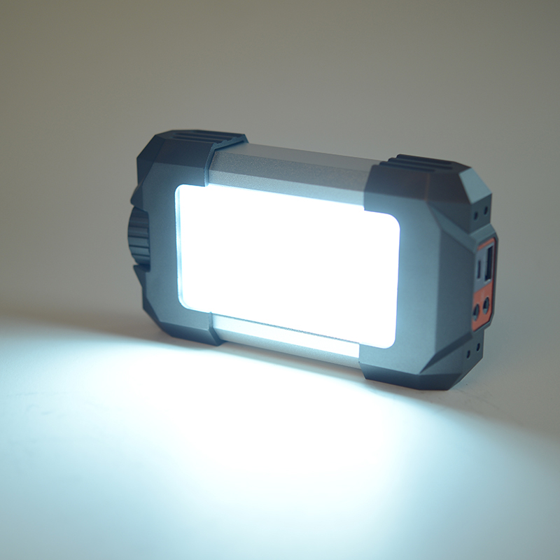 Lumifire 3500 Portable Brightness LED Torch with USB Charger
