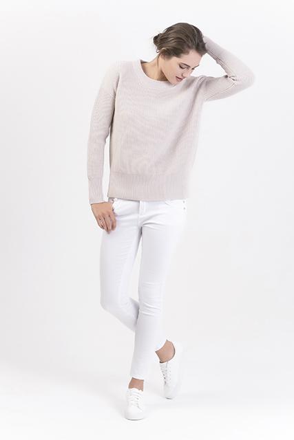Women's Crew Neck Pullovers