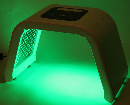 Red Purple Green Yellow 4 Color LED PDT Light for Skin Therapy Treatment L3
