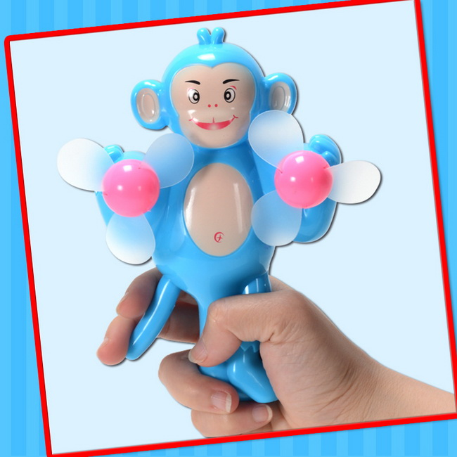 2016 Cheap Small Plastic Summer Toy Mini Fan Toy