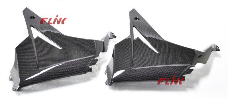 Motorycycle Carbon Fiber Parts Side Panel for Triumph 675 V Piece (2013)