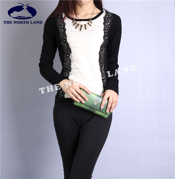 Cashmere Crew Neck Pullover with Lace in Front