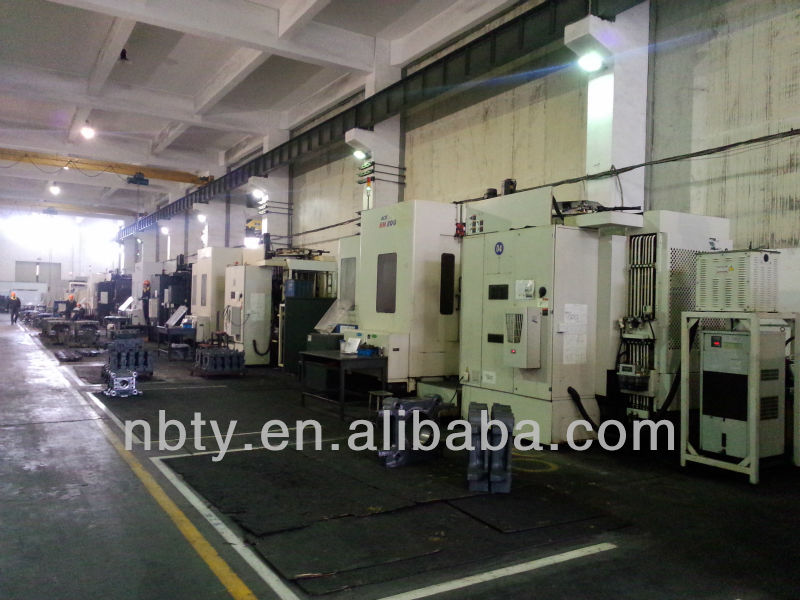 Various Types Plastic Chair Moulding Machine