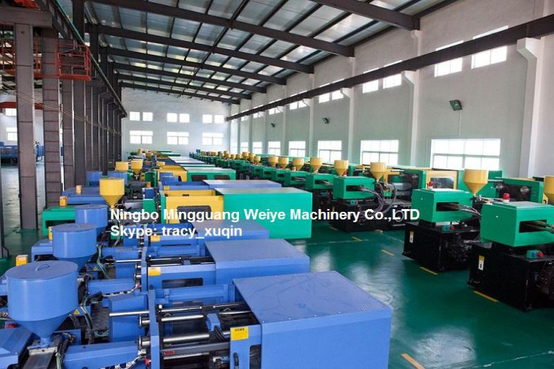 Good Price Energy Saving Injection Molding Machine 128ton with Ce